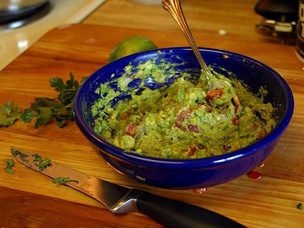 guacamole un piatto messicano a base di Avocado