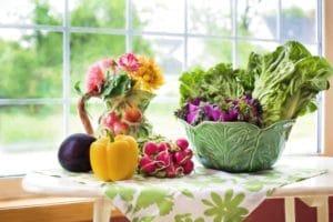 Mangia sano in pausa pranzo aiuta a combattere lo stress da lavoro