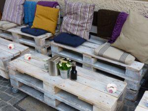 Tavoli sedie e sgabelli riciclati! come dare nuova vita a vecchi