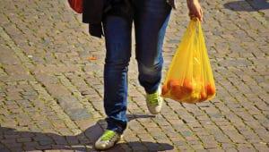 Sacchetti di plastica devono essere biodegradabili