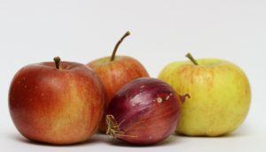 Flavonoidi composti polifenolici metaboliti che si trovano nelle piante e nella frutta