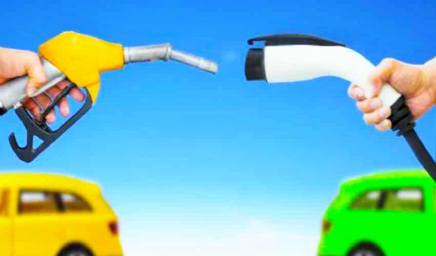 auto a benzina vs auto elettrica