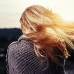 Rimedi naturali per curare e nutrire i capelli secchi