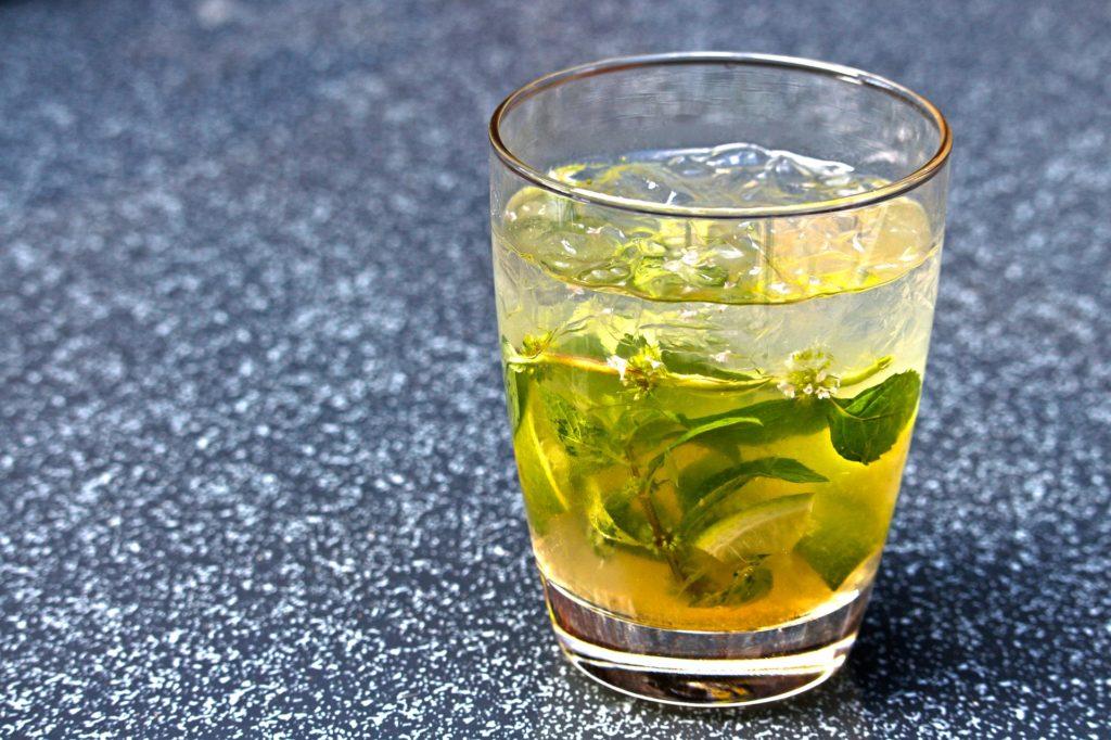 cocktail estivo alcolico: il mojito
