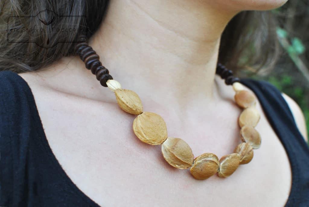 I bijoux di chi semina raccoglie sono di materiali legati al territorio