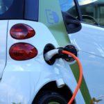 Auto elettriche: i vantaggi e gli aspetti da migliorare